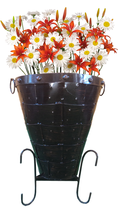 Macetero tipo cono con flores